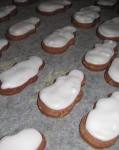 Schoko-Keks mit Puderzucker-Glasur 02