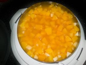 Apfel-Pfirsich-Pudding Kuchen 04