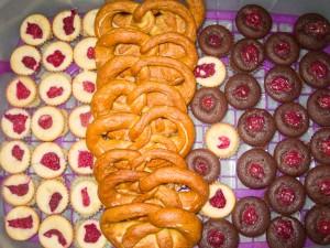 Kirsch-Schoko-Muffin und Himbeer-Vanille 01
