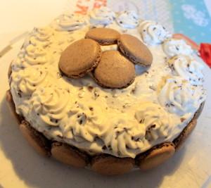 Schokokuss Macarons Torte 005