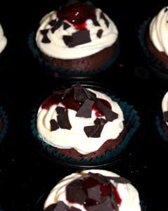 Schwarzwälder Kirsch Cupcake 04